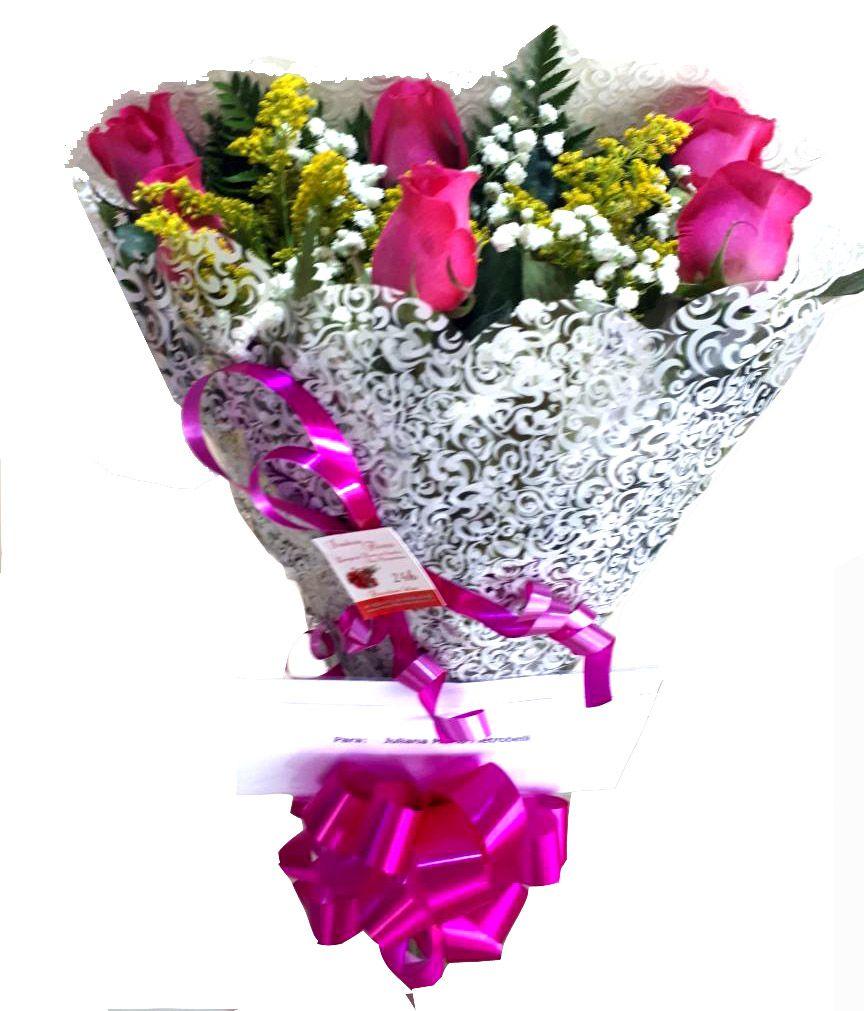 1661 Buquê com rosas cor de rosa