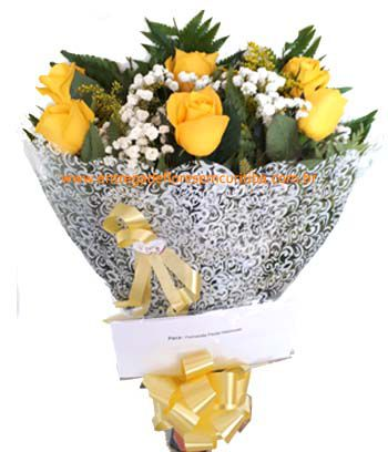 1886 Buquê meia dúzia de rosas Amarela