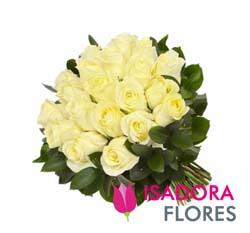 3087 Buquê rosas brancas