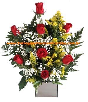 3892 Arranjo Lindo e Delicado com Rosas