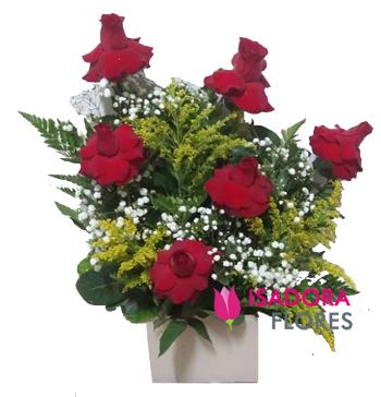 4135 Arranjo de Rosas